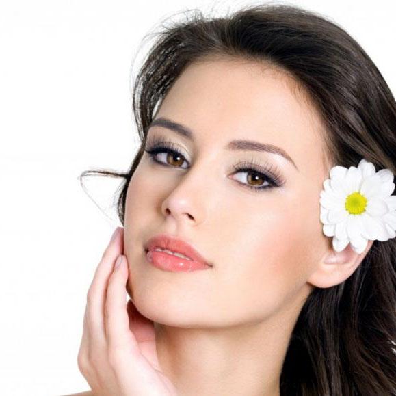 L'impatto della bellezza fisica sulla nostra vita: quanto conta essere belli?